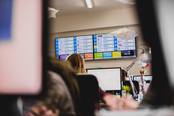 paneles de información comercio electrónico